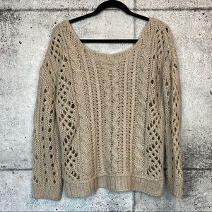 Free People Sweaters - Free People // Oatmeal Cable Knit Sweater